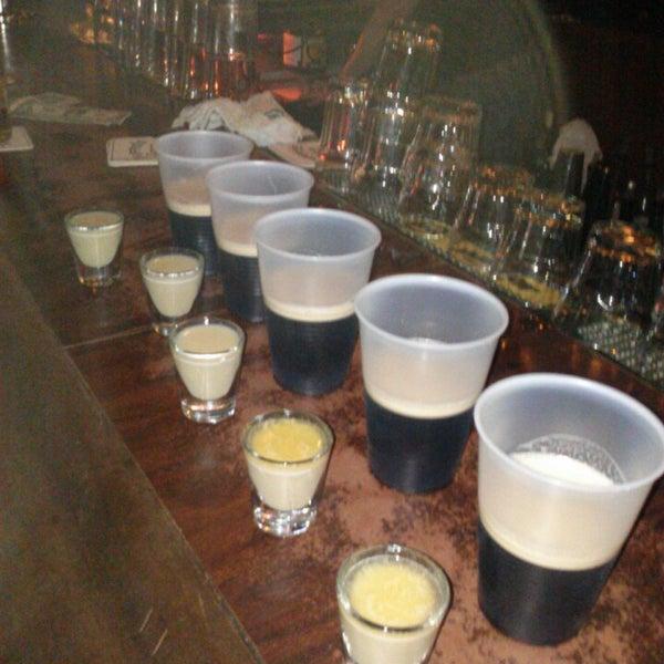 Foto diambil di Pippin's Tavern oleh Eric H. pada 5/26/2013
