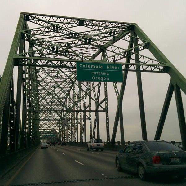 Oregon/Washington State Line - Border Crossing in Portland