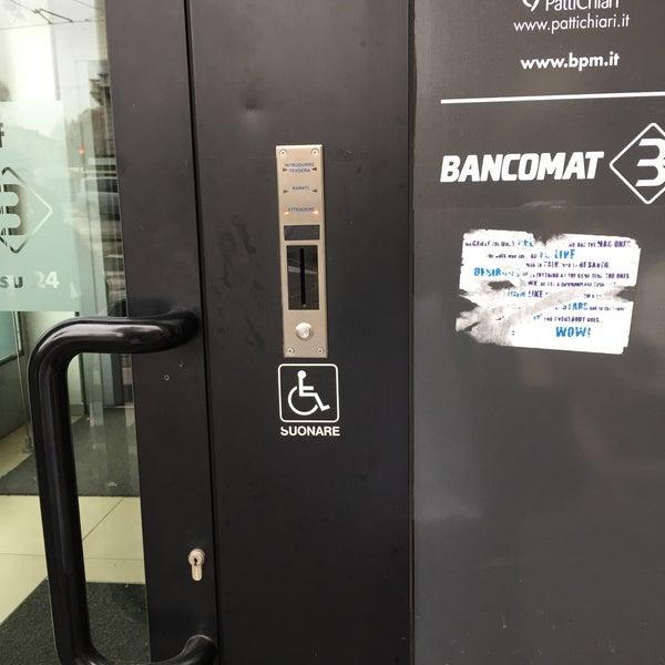 Bpm Banca Popolare Di Milano Guastalla Piazzale Medaglie Doro