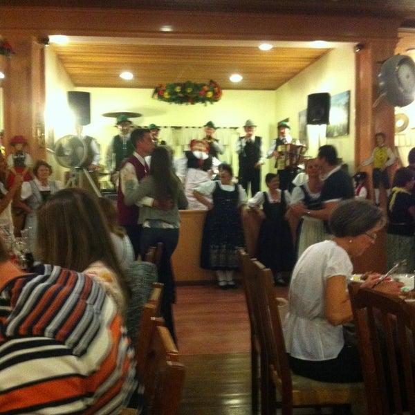 Foto tomada en Torquês Restaurante por 👵🏻Cecy👵🏻 G. el 2/11/2013