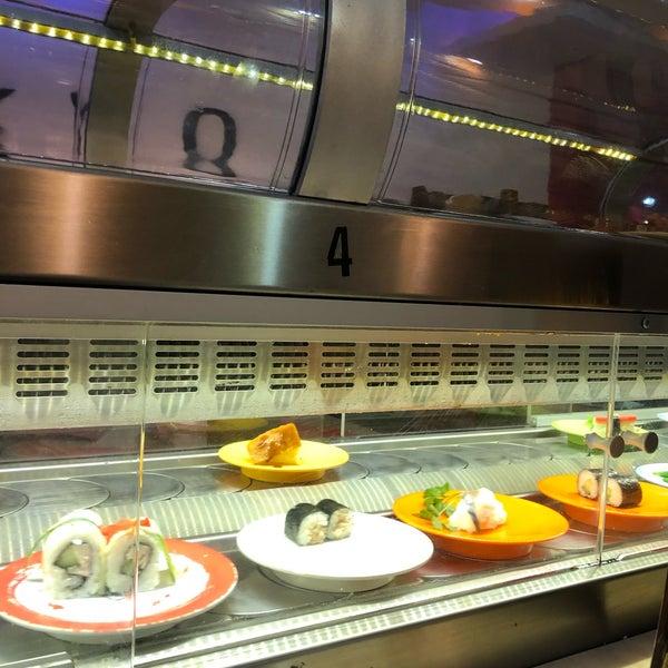 Fotos Bei Tokyo Running Sushi Mitte Kassel Hessen
