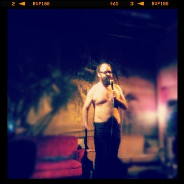 10/18/2012 tarihinde Ernesto M.ziyaretçi tarafından Bar Picnic'de çekilen fotoğraf
