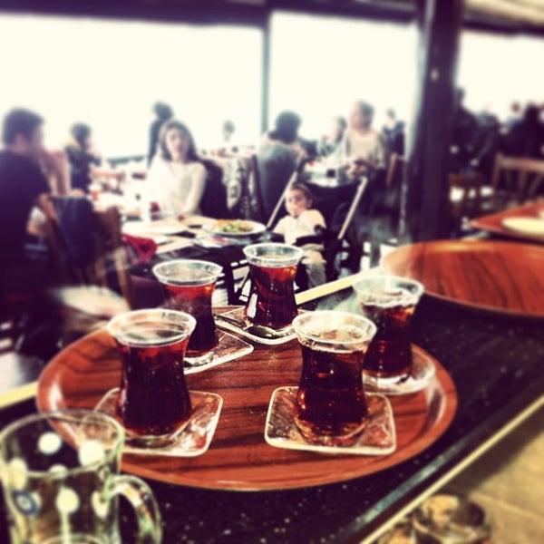Foto tomada en Taş Kahve Cafe & Restaurant por Taş Kahve E. el 1/13/2013