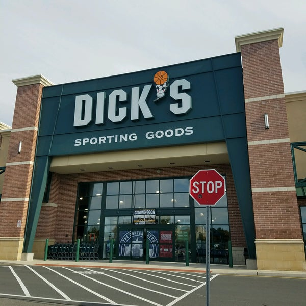 Dick's sporting goods new location