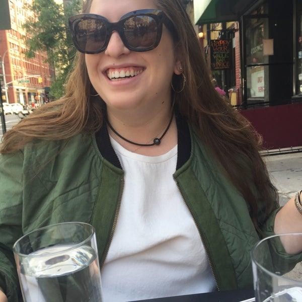 6/15/2016にDanielle C.がThe Tangled Vine Wine Bar & Kitchenで撮った写真