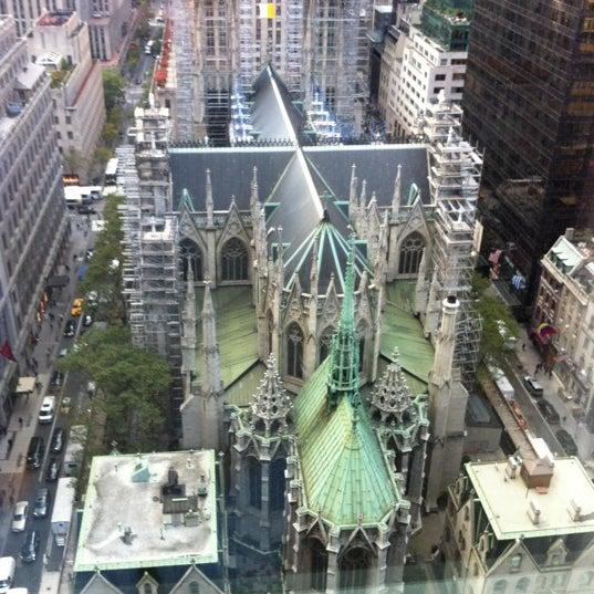 Foto scattata a Lotte New York Palace da Sheldon B. il 10/18/2012