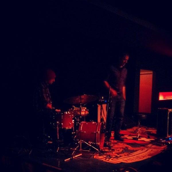 Foto diambil di Amsterdam Bar & Hall oleh Casey O. pada 4/19/2013