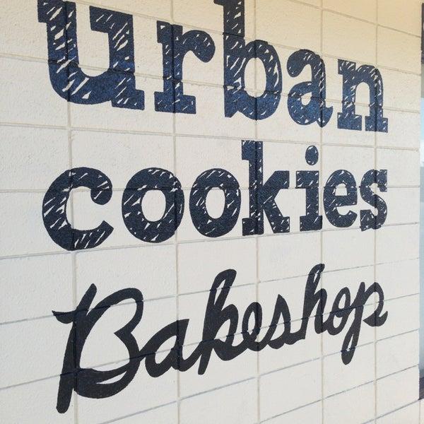 Снимок сделан в Urban Cookies Bakeshop пользователем Laura O. 1/20/2013