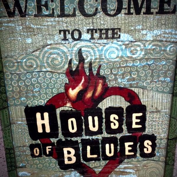 Foto diambil di House of Blues oleh Rebull J. pada 5/15/2013