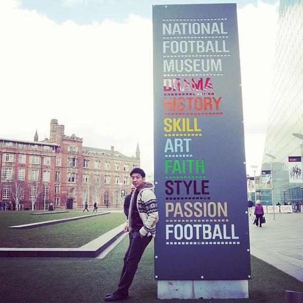 3/16/2013 tarihinde Kod T.ziyaretçi tarafından National Football Museum'de çekilen fotoğraf