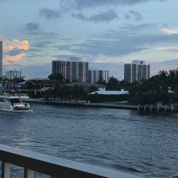 Das Foto wurde bei Juniper on the Water von IngenieroDavid am 7/9/2017 aufgenommen