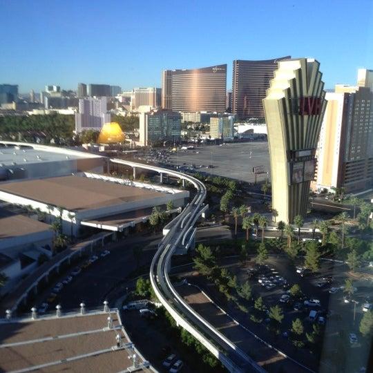 Снимок сделан в LVH - Las Vegas Hotel & Casino пользователем George R. 10/18/2012
