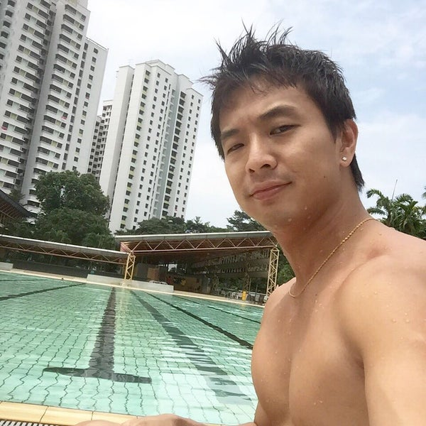 Photo prise au Clementi Swimming Complex par Kaz Q. le8/10/2015