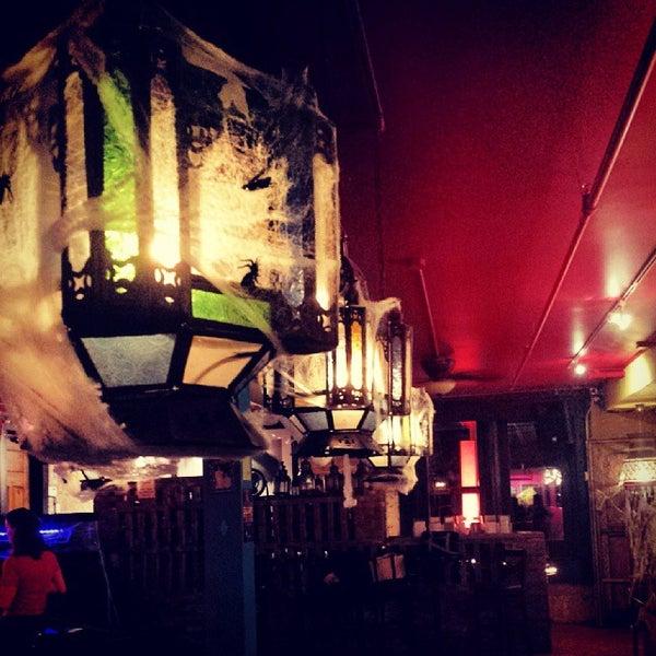 10/30/2013에 Gonzo G.님이 Mosaic Wine Lounge에서 찍은 사진