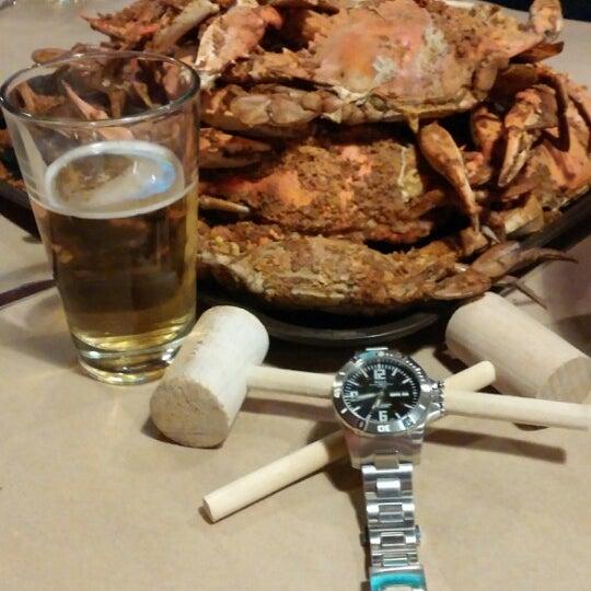 Foto diambil di S & J Crab Ranch oleh Steve K. pada 1/19/2014