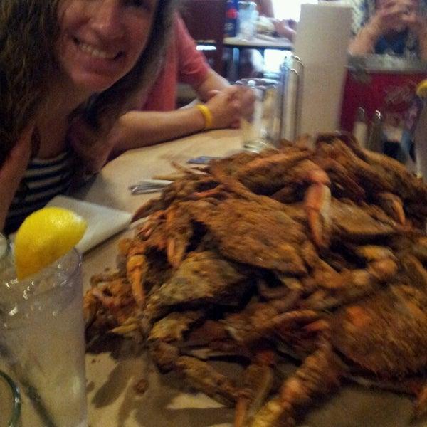 Foto diambil di S & J Crab Ranch oleh Steve K. pada 7/15/2013
