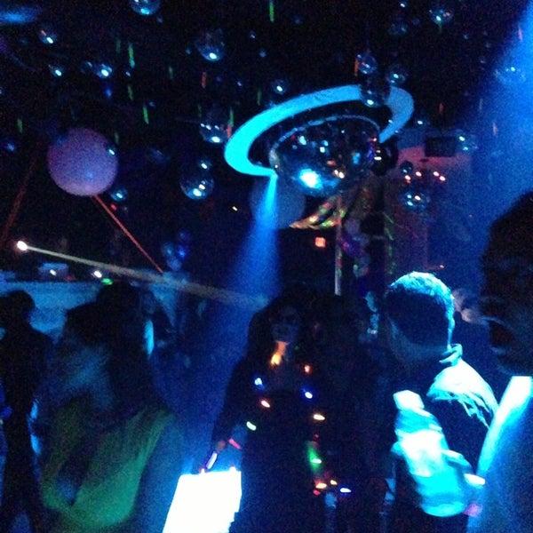 Photo prise au Mekka Nightclub par Alfredo I. le1/1/2013