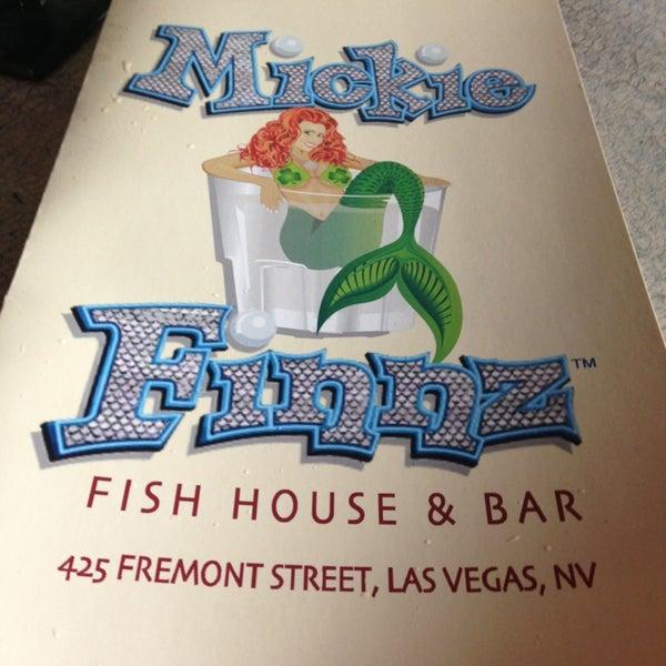 Foto diambil di Mickie Finnz Fish House & Bar oleh Cindy V. pada 7/5/2013