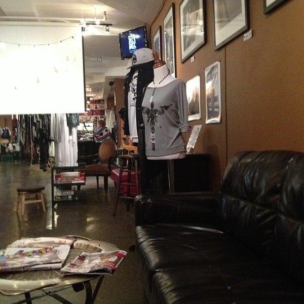 10/7/2012にGabriela M.がGrit N Gloryで撮った写真