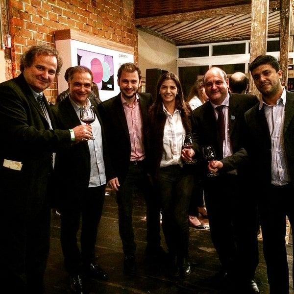 7/2/2015 tarihinde Fernando J.ziyaretçi tarafından Espaço Meet'de çekilen fotoğraf