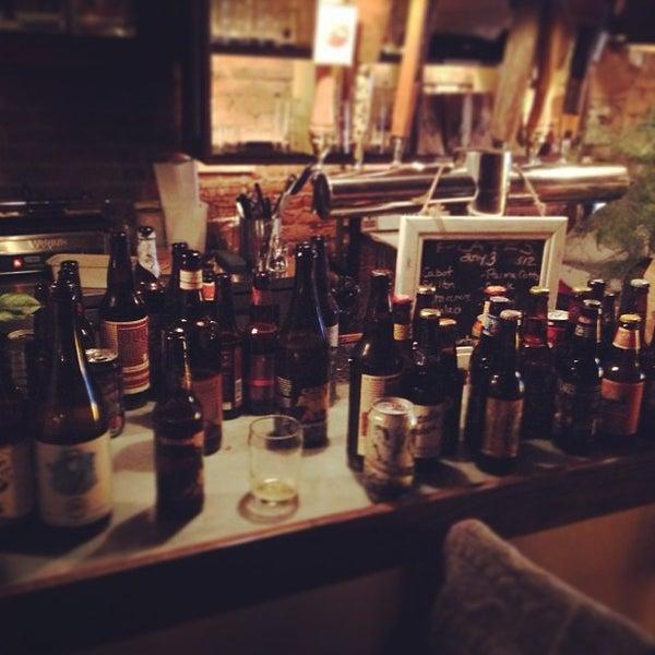 Das Foto wurde bei Alphabet City Beer Co. von Keith B. am 3/19/2013 aufgenommen