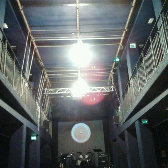 Снимок сделан в Teatro Franco Parenti пользователем Amir A. 9/17/2012