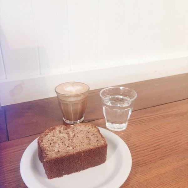 6/22/2018 tarihinde Sara C.ziyaretçi tarafından Analog Coffee'de çekilen fotoğraf
