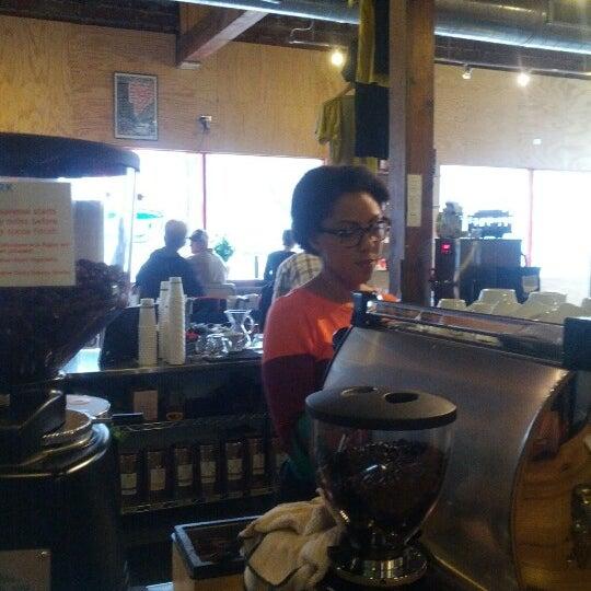 11/10/2012에 Trazy A.님이 Peace Coffee Shop에서 찍은 사진