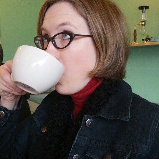 12/1/2012에 Trazy A.님이 Peace Coffee Shop에서 찍은 사진