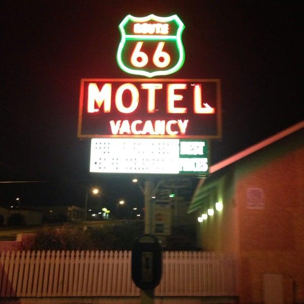 Photo prise au Route 66 Motel par Anton P. le8/30/2013