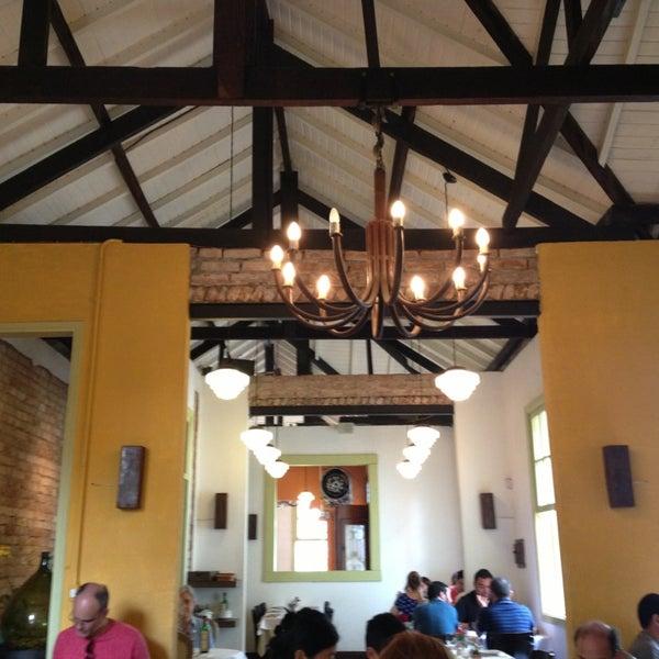 Foto tirada no(a) Zeffiro Restaurante por João M. em 3/30/2013