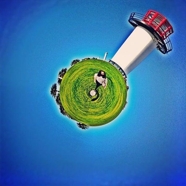Снимок сделан в Parkers' Lighthouse пользователем Kristofer V. 10/22/2012