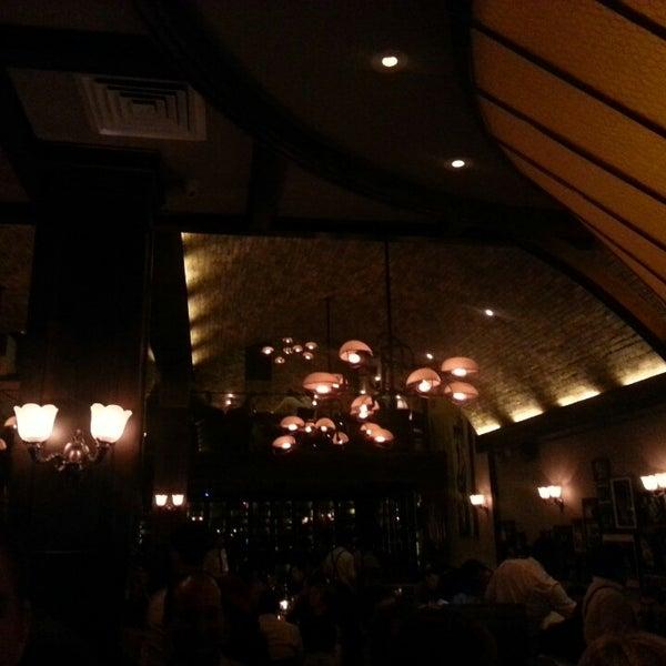 2/23/2013にSophia S.がArlington Clubで撮った写真