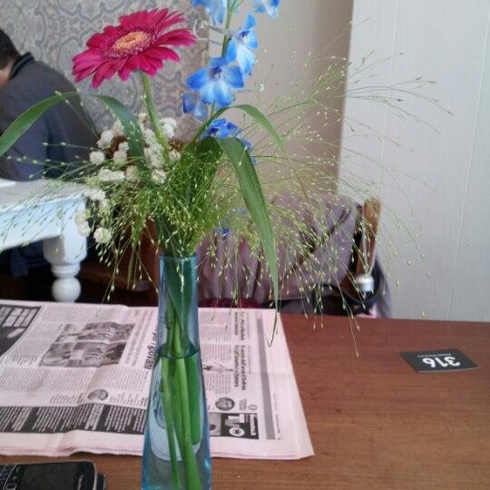 Das Foto wurde bei Bluebelles of Portobello von Chiara D. am 10/6/2012 aufgenommen