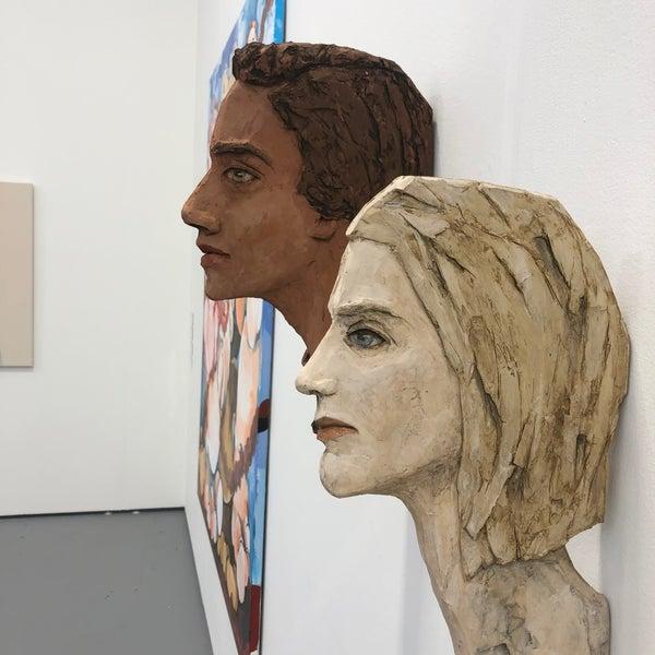 Foto scattata a UNTITLED. Art Fair da Gülen C. il 12/5/2019