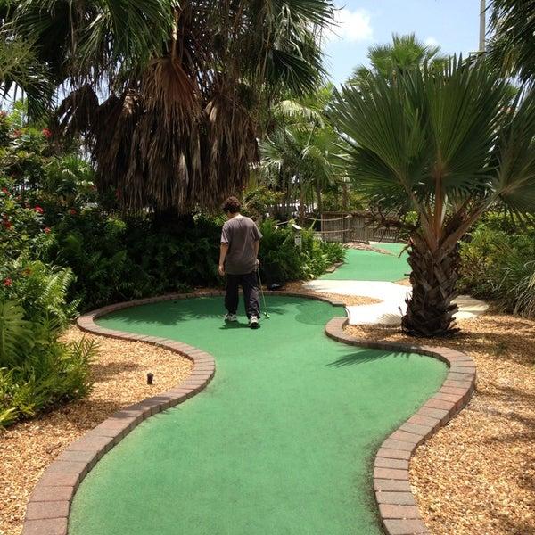 Das Foto wurde bei Palmetto Golf Course von Sharlene W. am 6/19/2013 aufgenommen