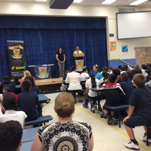 Jack D Gordon Elementary School Escuela Primaria En Miami
