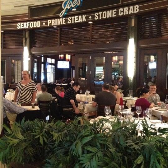 4/15/2012にPatrick H.がJoe's Seafood, Prime Steak & Stone Crabで撮った写真
