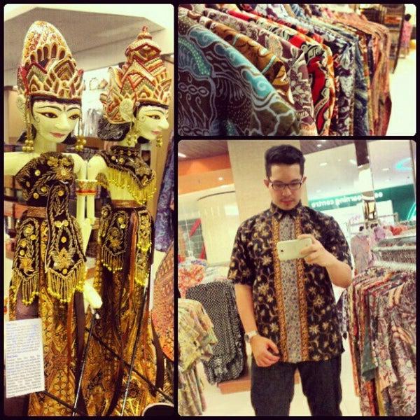 Photos at Batik Keris Kuningan City - Jakarta Selatan - 6 visitors e7d32137c1