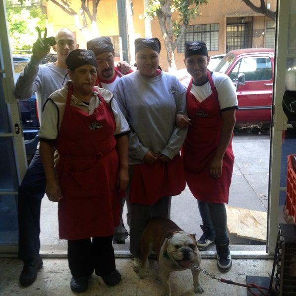 Foto tomada en Central de Pizzas por Alejandro A. el 5/1/2013