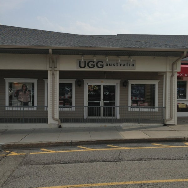 ugg outlet woodbury commons