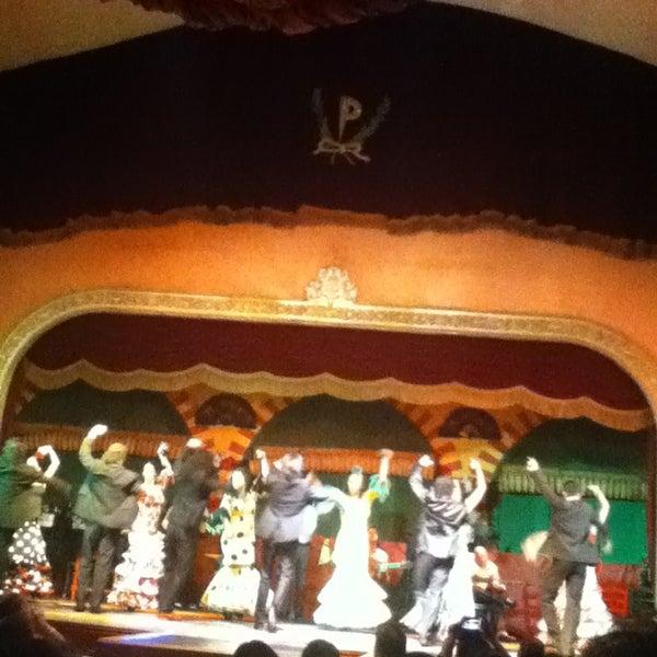Foto tomada en Tablao Flamenco El Palacio Andaluz por Selene S. el 10/1/2013