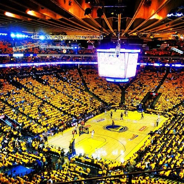 รูปภาพถ่ายที่ Oakland Arena โดย Jeffrey L. เมื่อ 5/17/2013