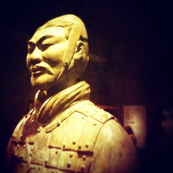 4/17/2013 tarihinde Martin M.ziyaretçi tarafından Asian Art Museum'de çekilen fotoğraf