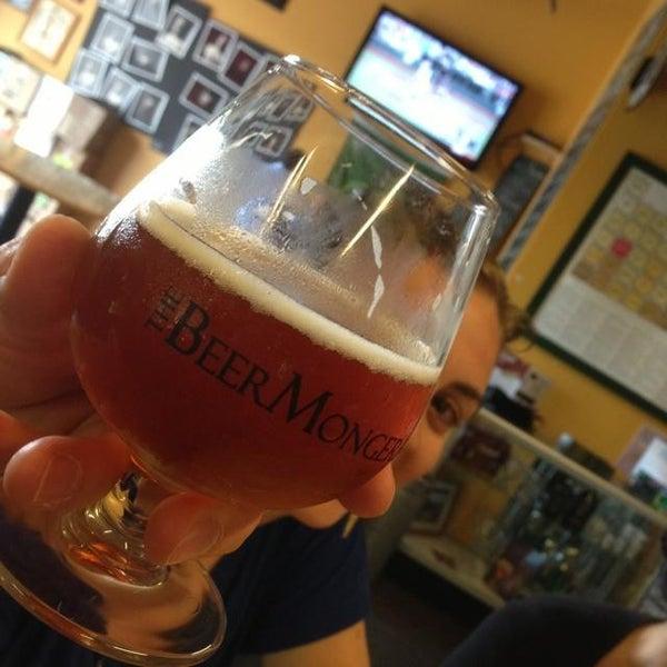 Photo prise au The BeerMongers par Adron H. le6/16/2013