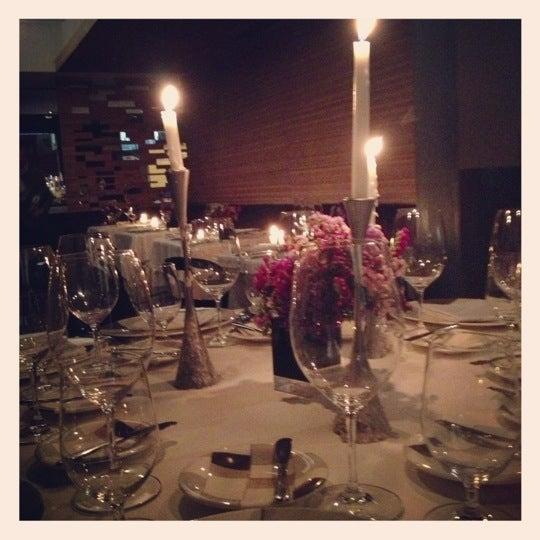 รูปภาพถ่ายที่ Jaso Restaurant โดย Pato P. เมื่อ 12/15/2012
