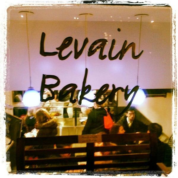 2/14/2013에 Jason L.님이 Levain Bakery에서 찍은 사진