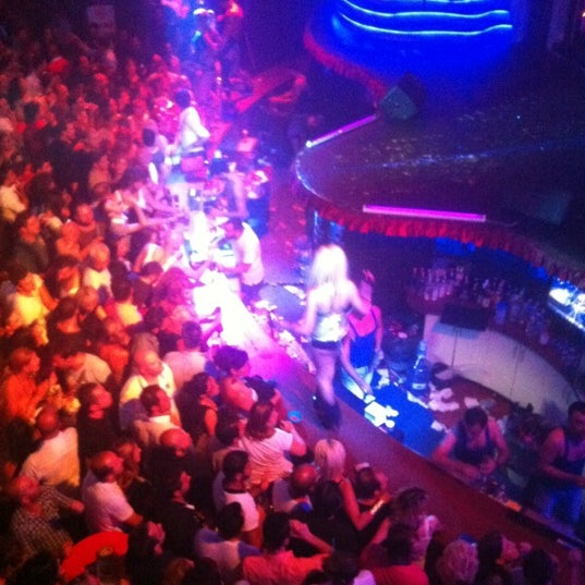 Foto diambil di XLarge Club İstanbul oleh Eşref Atalay H. pada 9/2/2012
