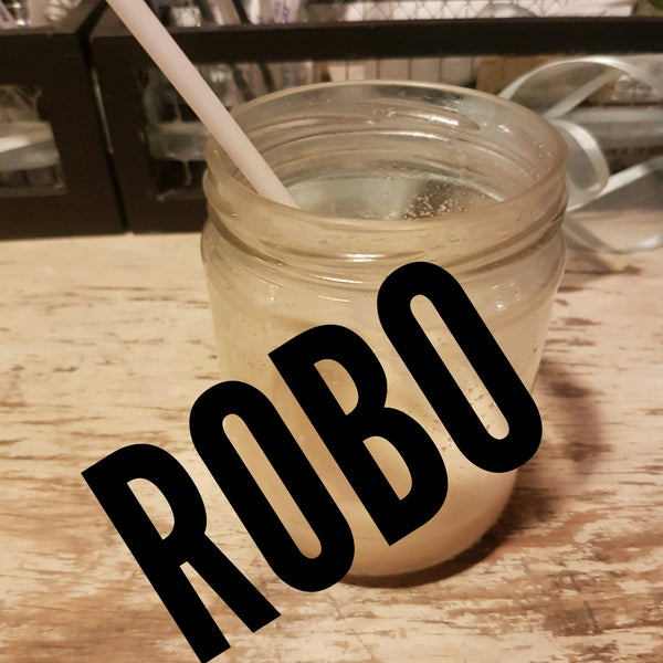 ROBO! $80 un agua de horchata!