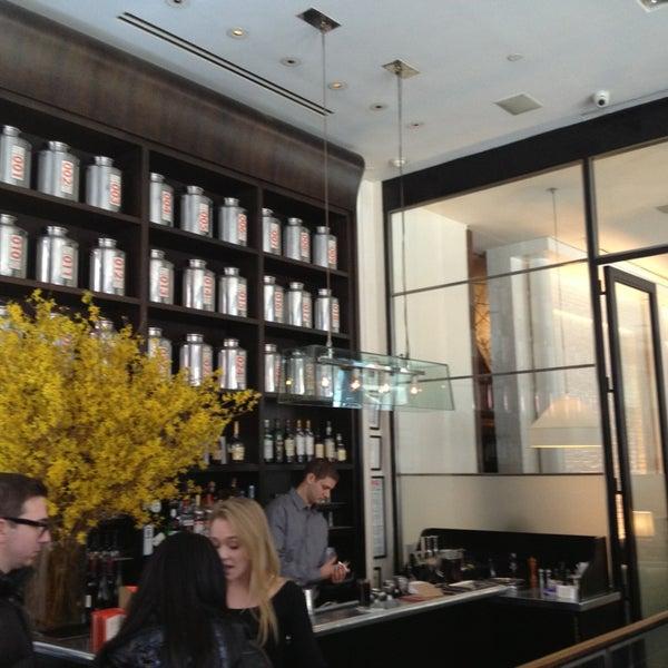 Foto tirada no(a) Mercer Kitchen por Darren C. em 3/3/2013